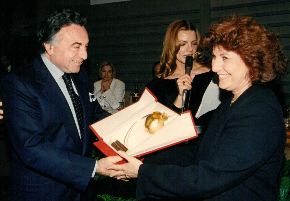 """Premio """"Mela d'oro"""" della Fondazione Bellisario (1995)"""